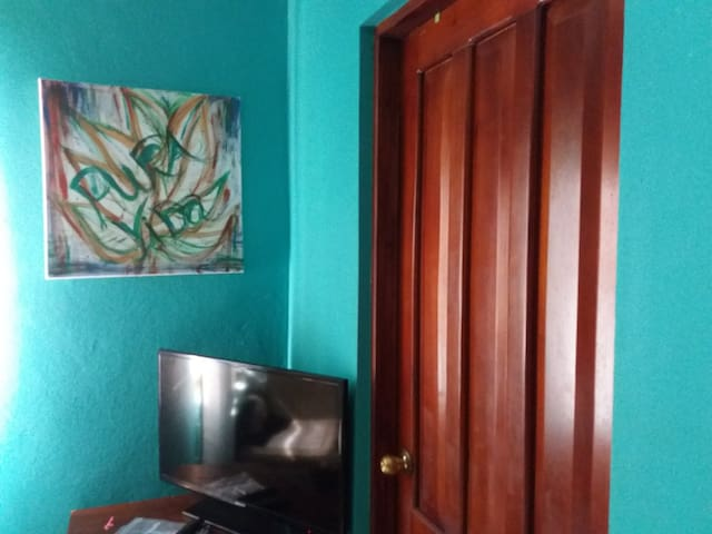 Owner. Playa del Coco 2 min from the beach 15..