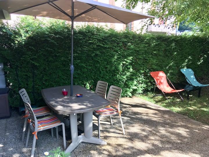 Apartment & garden Annecy centre