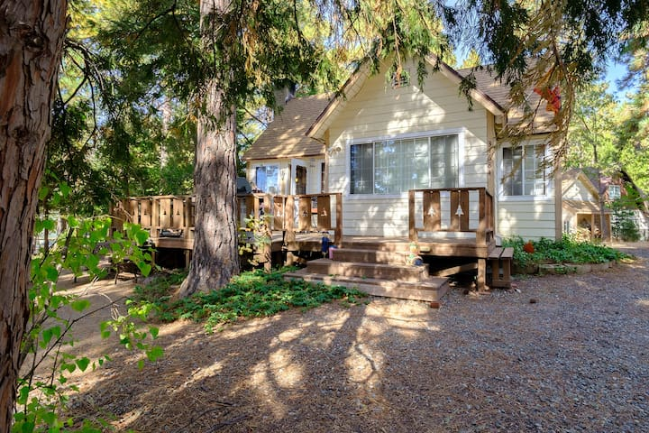 New! Peaceful Pines*Close to Santa'sVillage!