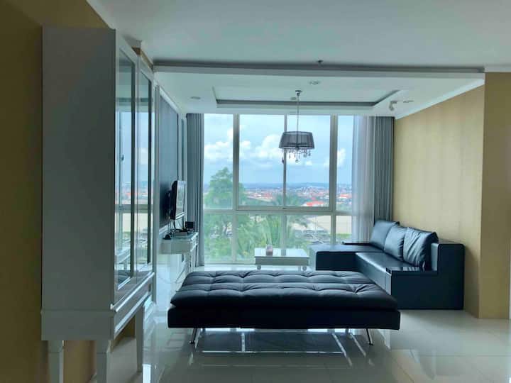 New Beds, 3BR Condo at Ciputra World (147sqm)