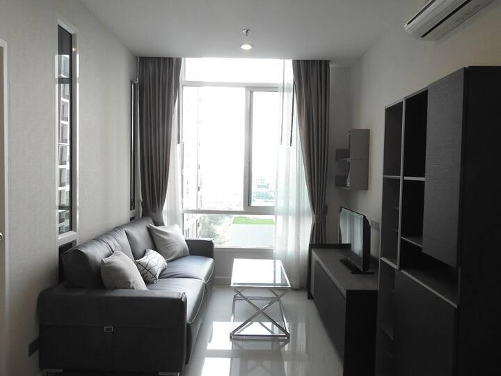 1BR Condo 12th Floor Sukhumvit Bangkok,Udomsuk BTS