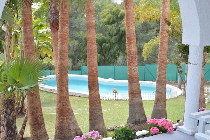 Villa Chihuahua 1km to Puerto Banus