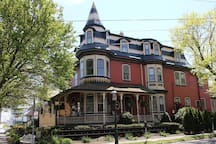 886 Victorian 'Painted Lady'. Superior location...walk to everything!