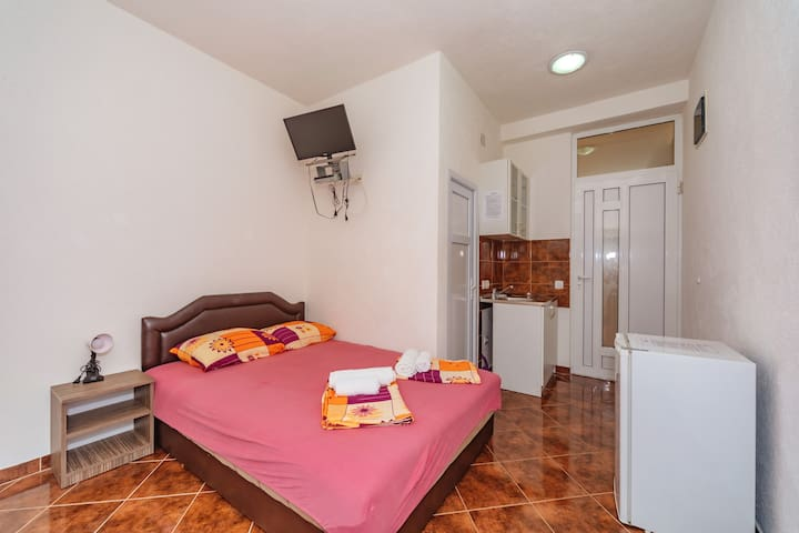 Vila Smilja with Pool - Twin Room