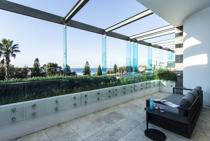 New Listing - Luxury Bondi Beachside Apartment