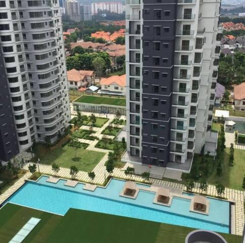 Luxury Home @ Ara Damansara