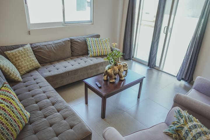 Beautiful house for 4 on Solana Residencial