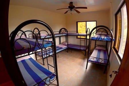 Cozy apartment with wifi, - Coron