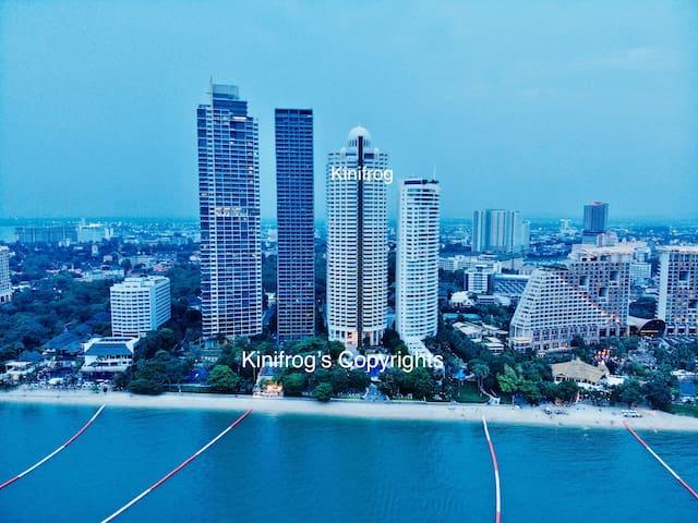 Oceanfront3Bedrooms@Pattaya-WongAmat+WI-FI+Netflix