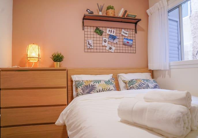 Delightful 1 Bedroom apartment, Exquisite design with extraordinary Terrace!