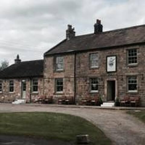 Fernaville's Rest at Whorlton [Rm4]