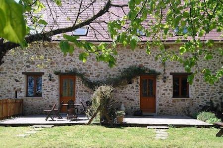Stunning rural gite near Dordogne Gite 1 sleeps 6