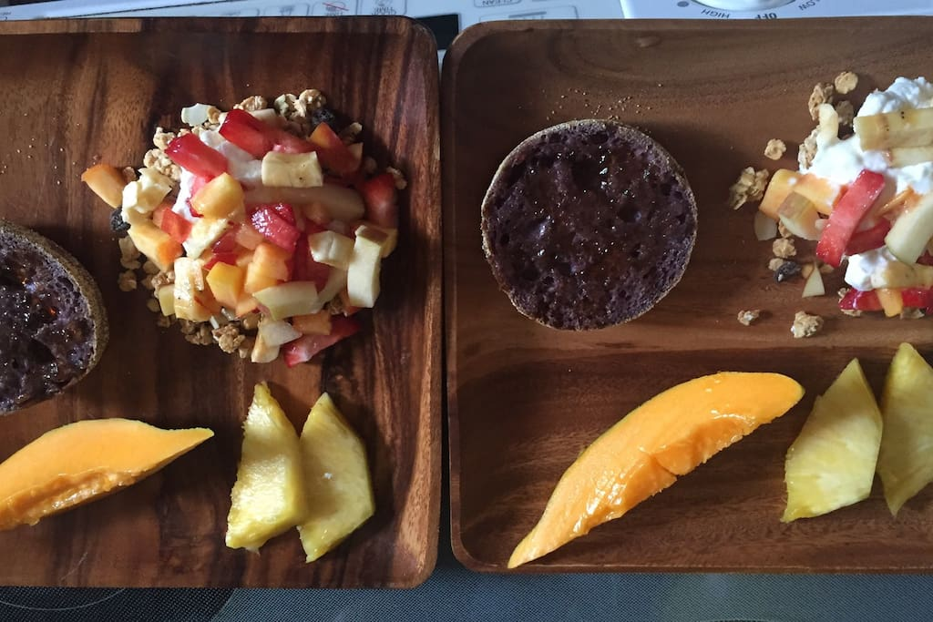 My most recent HAWAIIAN breakfast for those who desire a healthy choice - and a DEF FAV amongst many guests! Especially those who are Vegetarians