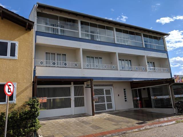Apartamento 2(Praia de Cima) - Pousada Morro Azul