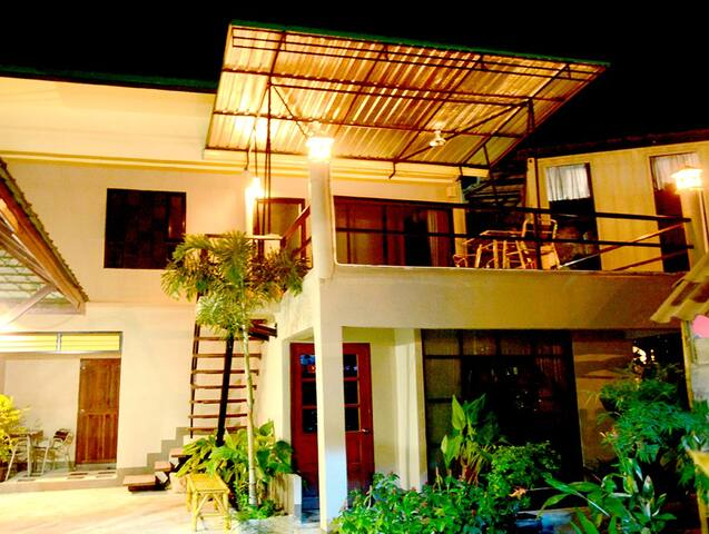 Three Bedroom Family Suite with Balcony