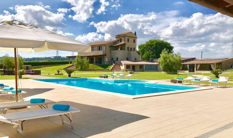Podere Torricella amazing romantic villa in Narni