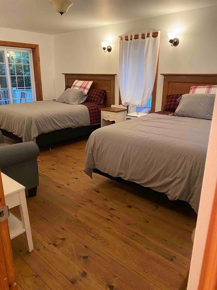 Maison Jacynthe Eastman - Suite avec 2 lits Queen