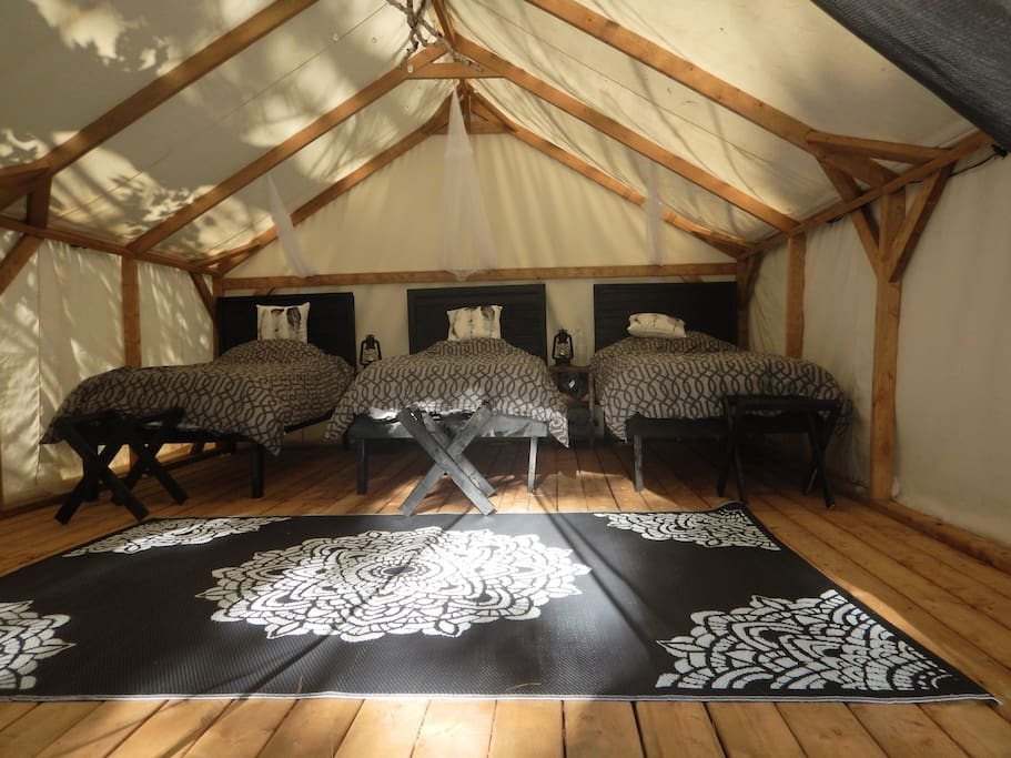 Glamping Cabin with 3-4 Beds