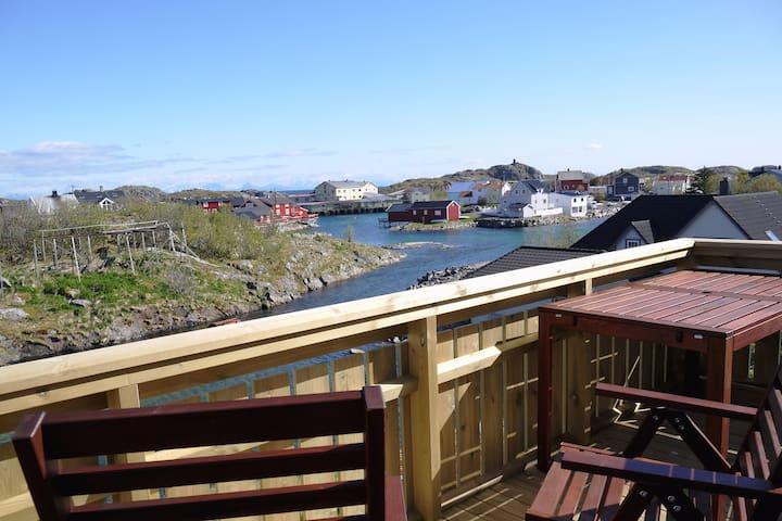 Henningsvær - house for 6-8 people in Lofoten