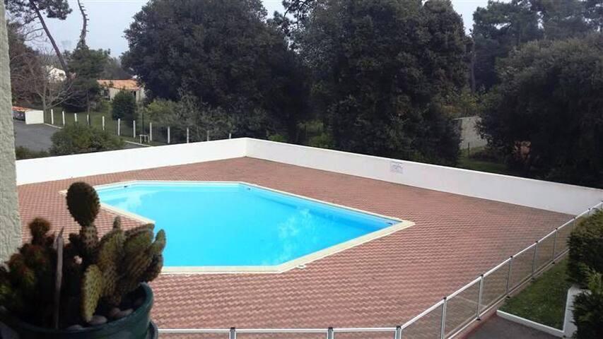 Studio à 800m de la plage avec piscine - Dolus-d'Oléron - Byt