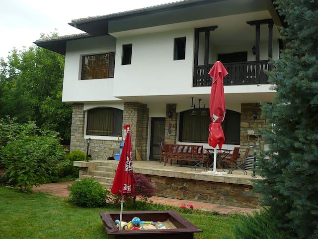 Moni House - Arbanasi - Villa
