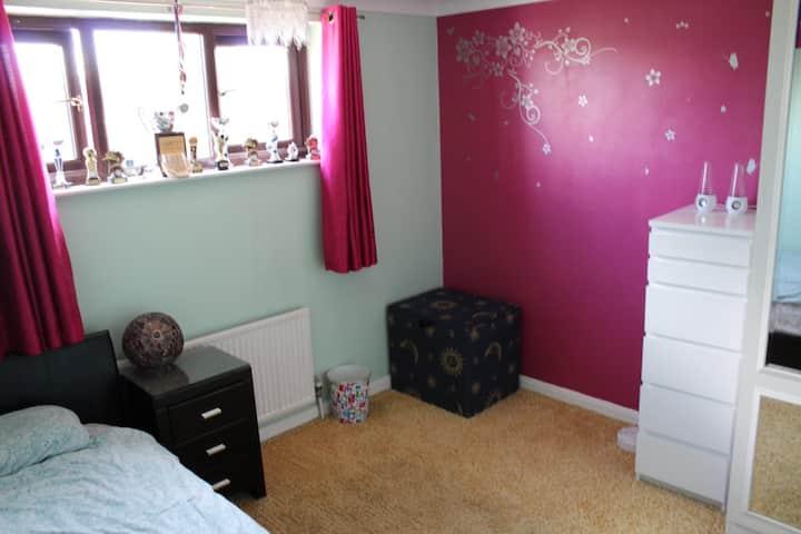 Comfy Single Room