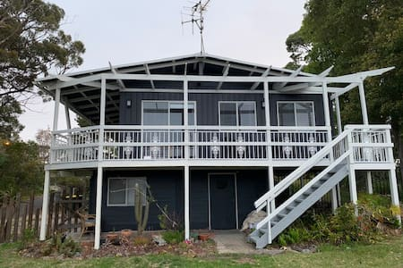 Beachbound Shack 2 - Ocean Views - Pet Friendly