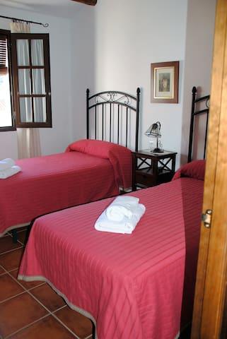 """""""CASITA DE MUÑECAS"""""""