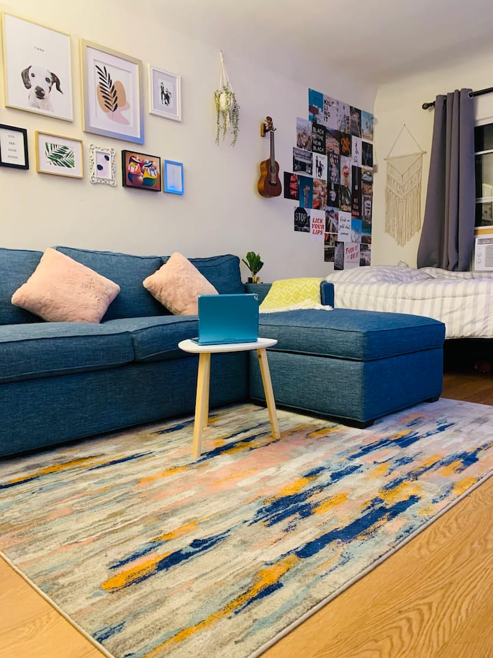 Chic & Cozy Studio in the heart of East Hollywood