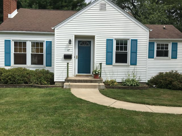 Cute & Cozy Home in Janesville, WI