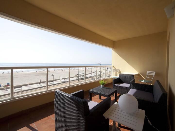 Costa Azul: Wake Up with Alicante Sea Views