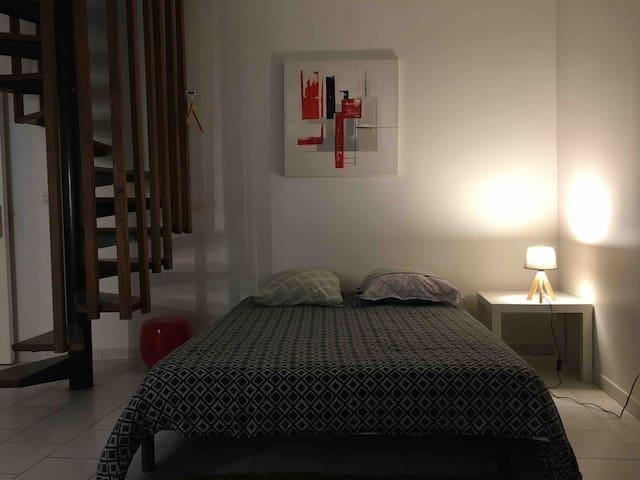 Chartres Coeur de ville appartement prix mini,Wifi