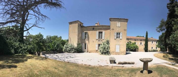 Chambre privée , Suite au Château du FALGA