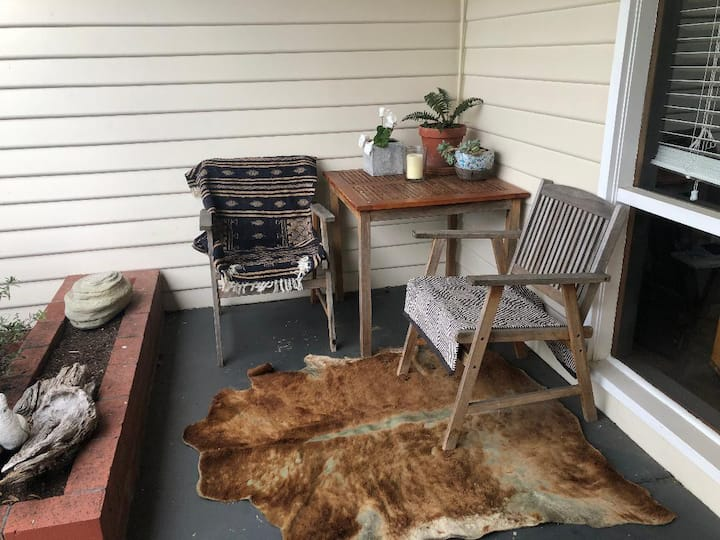 The Barrett House  - family/pet friendly bungalow
