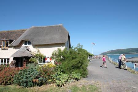 Holiday home on the Harbourside at Porlock Weir - Porlock