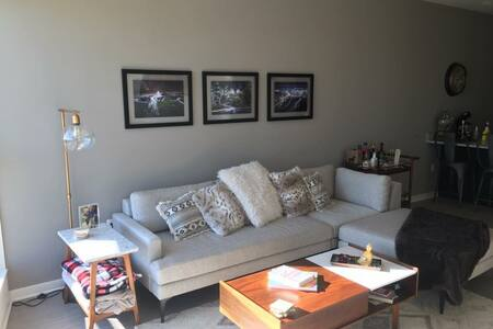 Brand new one bedroom apartment - Oak Creek - Wohnung