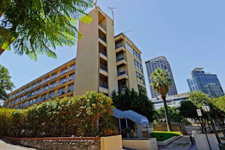 West Perth Budget Apartment