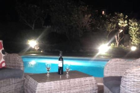 Villa avec piscine, Port Adriano - El Toro - Hus