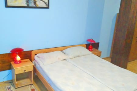 Hotel Amfora no.110 - Dimitrovgrad - Bed & Breakfast