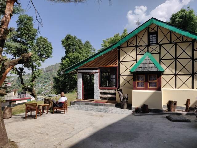 Leela Heritage Villa