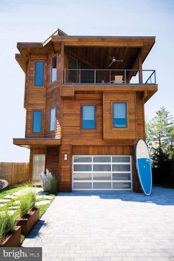 NEW LISTING* LBI House with Rooftop Pool & Hot Tub