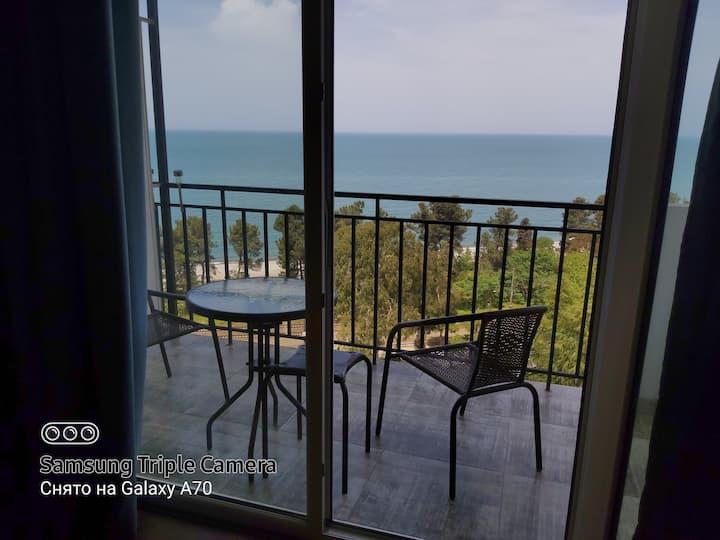 Просторная квартира у моря для семейного отдыха