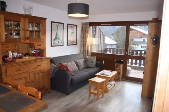 Spacious studio in the heart of the village