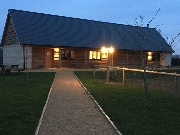 Wiltshire Farm Stay at LacockAlpaca 'Grace'