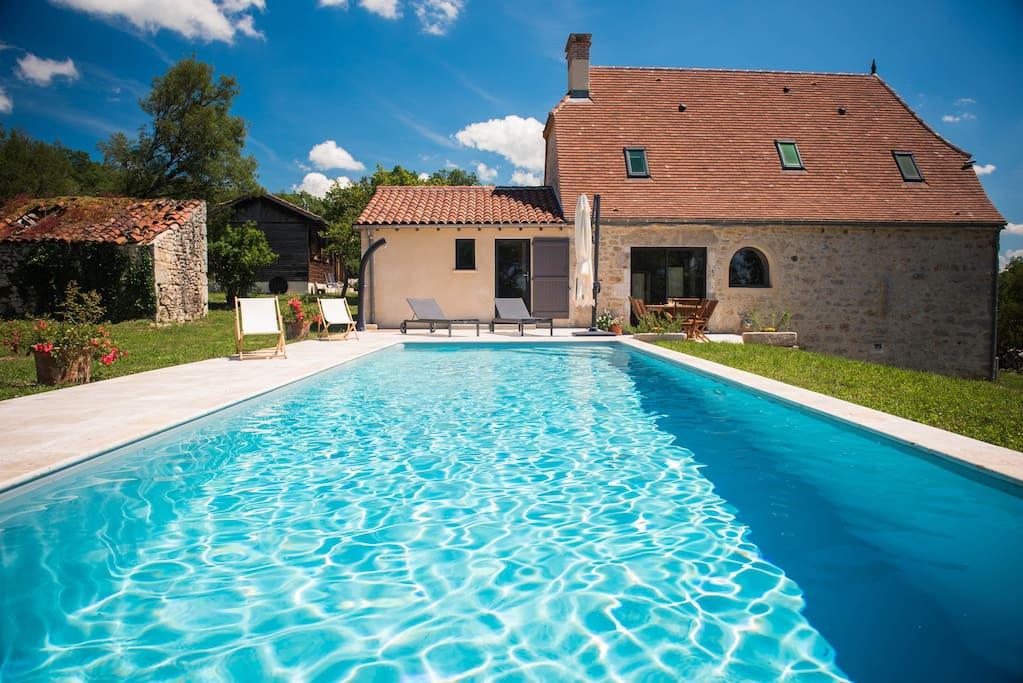 Couloir de nage dont vous pourrez profiter une large partie de l'année! Nous venons d'installer le chauffage !