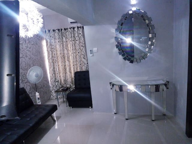 Epic Homes 2 beds in Omole Phase 2 Estate Ikeja