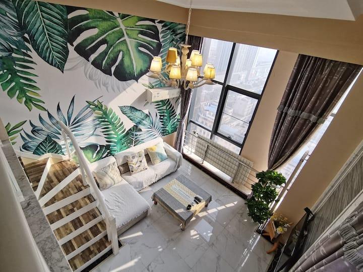37度 13号店loft复式公寓 亿隆国际 近锦州站 南站  近渤海大学 近万达广场 爱一方