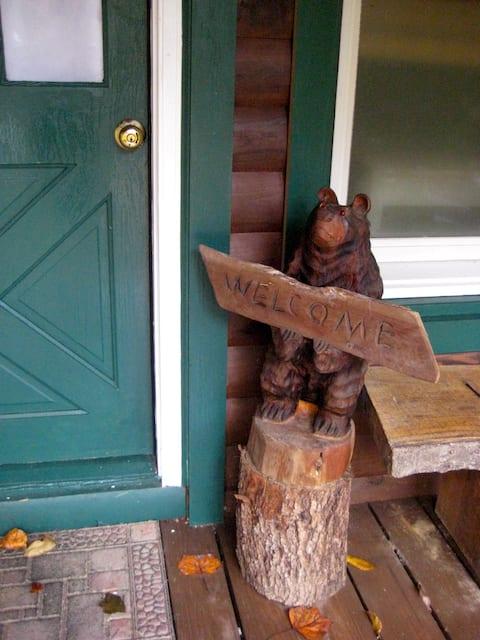 The Shady Bear Cabin