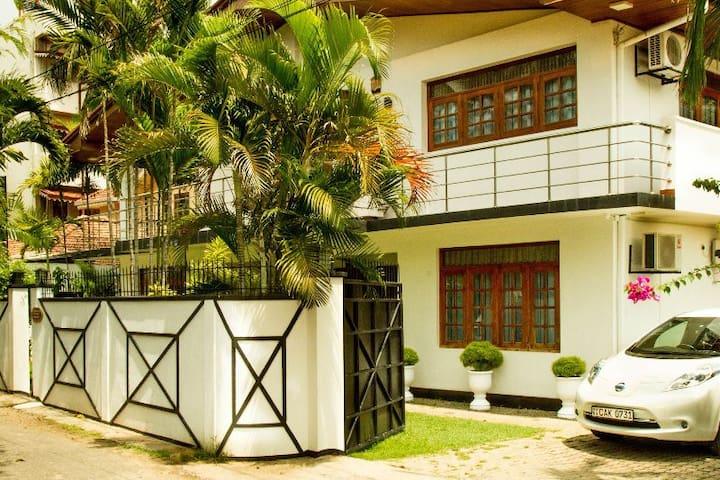 Moonwake Negombo