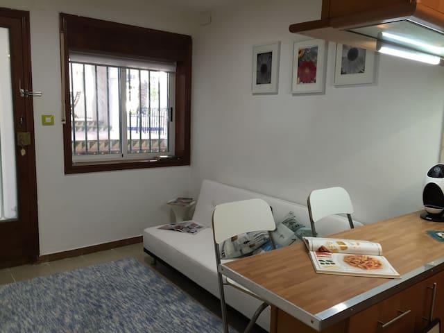 Blue Marley-Aiguadols a 50 mt beach - Sitges - Apartemen